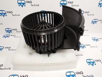 Вентилятор переднего отопителя VW T5 (оригинал)