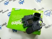 Щеточный узел с реле регулятором VALEO